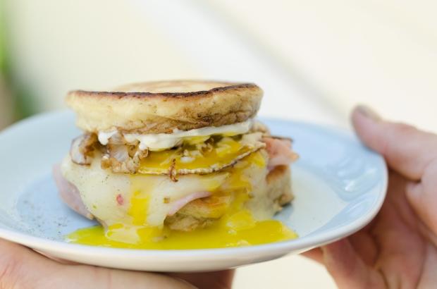 Toms Pancake Sandwich-1